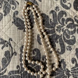 MONET vintage costume jewelry | | pearl necklace